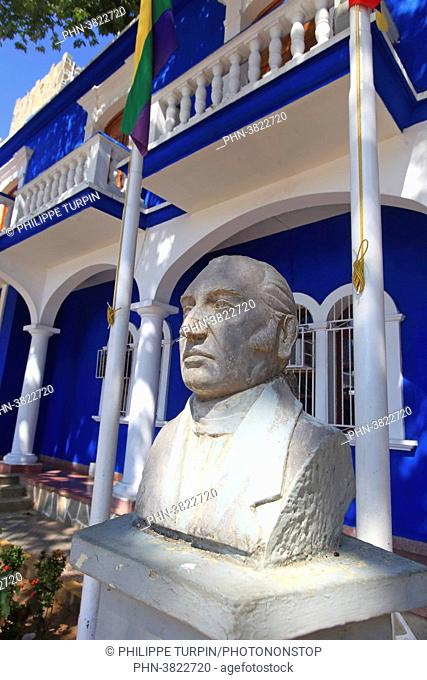 Venezuela, Margarita Island. Palacio municipal. Pampatar. Manuel Placido Maneiro statue