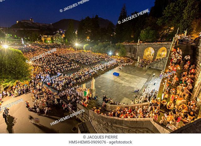 France, Hautes Pyrenees, Lourdes, Notre Dame de Lourdes Basilica, the Marian torches procession