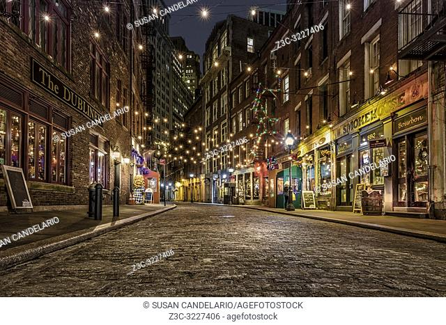 Stone Street Manhattan NYC - One of the oldest streets in the heart of the Financial District in New York City. . . Originally known by its Dutch name