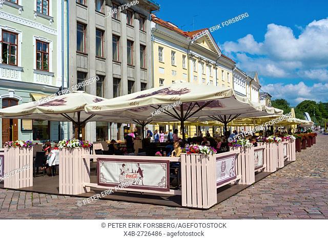 Restaurant terraces, Raekoja plats, town hall square, Tartu, Estonia, Baltic States, Europe