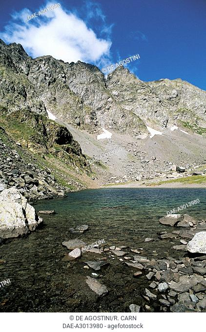 Piz Coca and the lake of the same name, Seriana Valley, Lombardy, Italy