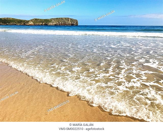 Sea shore. Torimbia beach, Niembro, Asturias, Spain