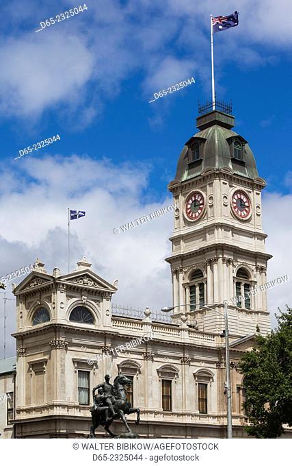 Australia, Victoria, VIC, Ballarat, town hall and Sturt Street