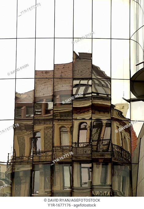 Austria, Vienna, Inner City, The Graben, Reflections on a building