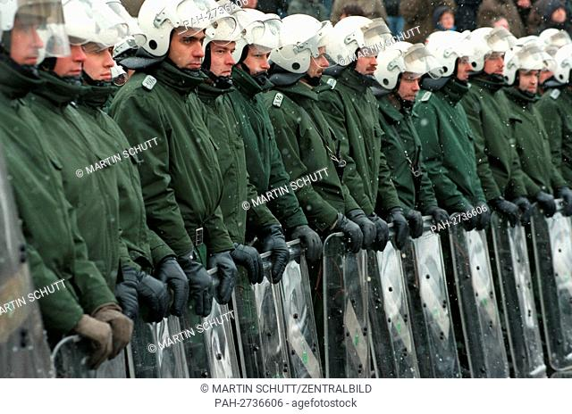 Police detachment of more than 3,000 police men on the 24th of January in 1998 in Dresden to prevent riots during an announced demonstration of the right-wing...