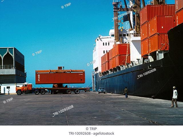 Jeddah Saudi Arabia Container Ship Loading On To Lorry
