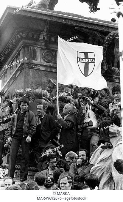 manifestazione politica, milano, fine anni 70
