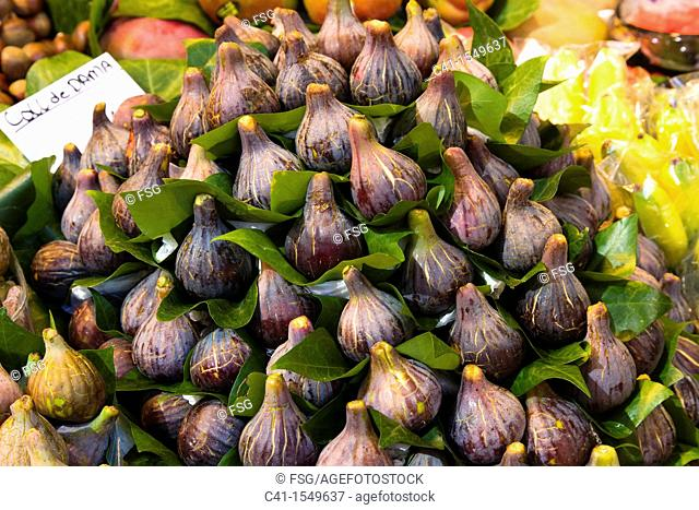 Figs at La Boqueria market, Barcelona, Spain
