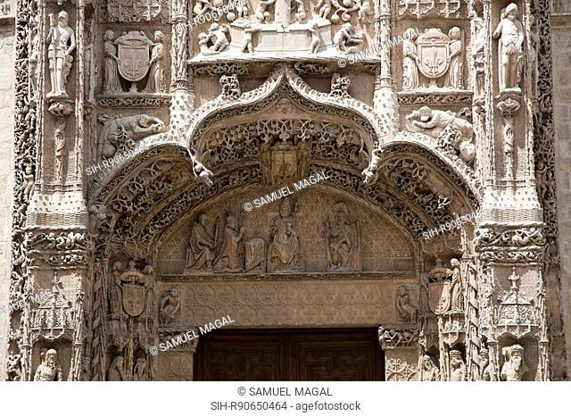 The Saint Gregory College was built between 1488 and 1496. It is known that Pope Innocent VIII granted the dispensation in 1487 for its foundation for Dominican...