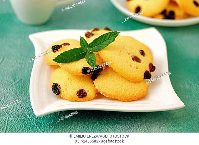 Cookies with raisins