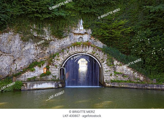Entrance of the tunnel Tunnel at Thoraise in the Doubs-Rhine-Rhone-channel, Doubs, Region Franche-Comte, France, Europe