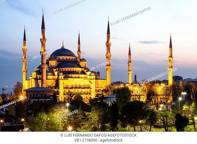 Sultan Ahmed or Blue Mosque at dusk. Turkey, Istanbul