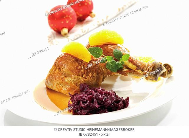 Fried Turkey Drumsticks And Red Cabbage Stock Photos And Images