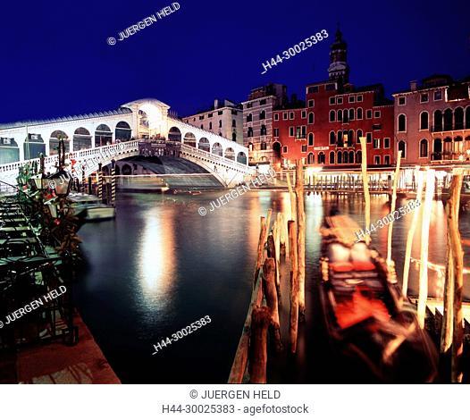 Rialto bridge Ponte del Rialto over the Grand canal Venice,dawn. Venedig, Venezia, Venice, Italia, Europe