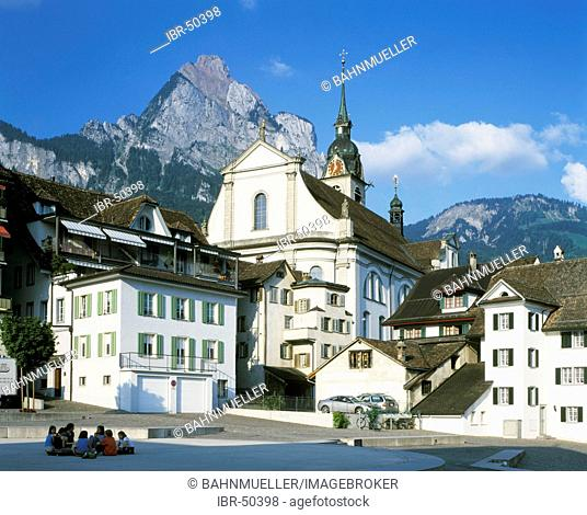 Schwyz Kanton Schwyz Swizzerland parish church St. Martin in front of the mount Mythen