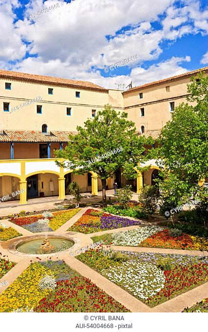 France, Arles Hospital, Espace Van Gogh, courtyard