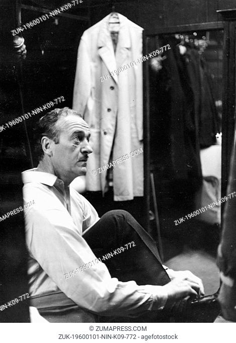 Jan. 1, 1960 - London, England, U.K. - DAVID NIVEN began his career as an extra after resigning a commission with the Highland Light Infantry