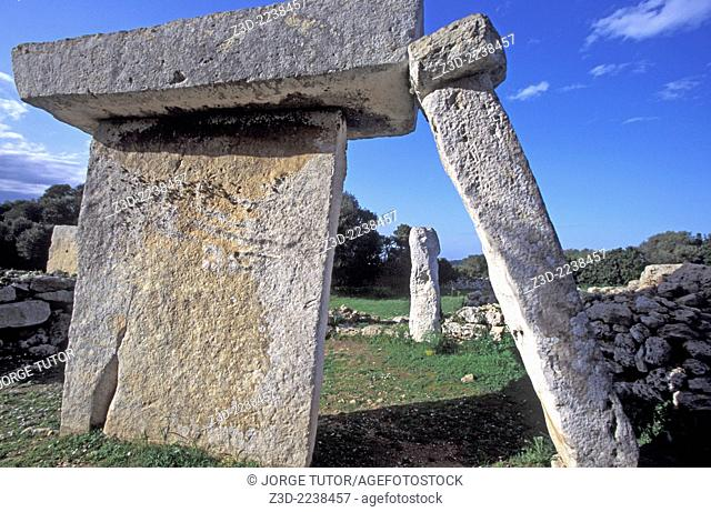 Talati de Dalt Burial Tomb, Minorca, Balearics island, The prehistoric village complex of columned burial chambers. This has massive stone slabs for its roof