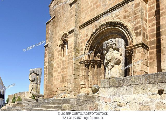 detail of Romanesque church of San Pedro de Almocovar, Alcantara, Caceres province, Extremadura, Spain