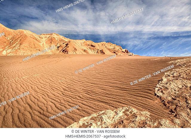 Chile, El Norte Grande, Antofagasta Region, Salar de Atacama, Valle de la Luna (Valley of the Moon), sands and salt