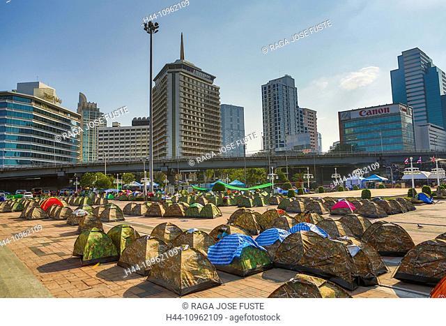 Bangkok, City, Lumpini Park, Si Lom, Thailand, Asia, area, camping, contrast, demonstration, downtown, political, restart Bangkok, skyscrapers, tents