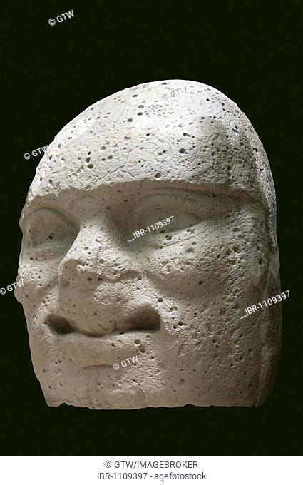Olmec giant stone head and sculpture, Park Museum La Venta, Villahermosa, Yucatan, Mexico