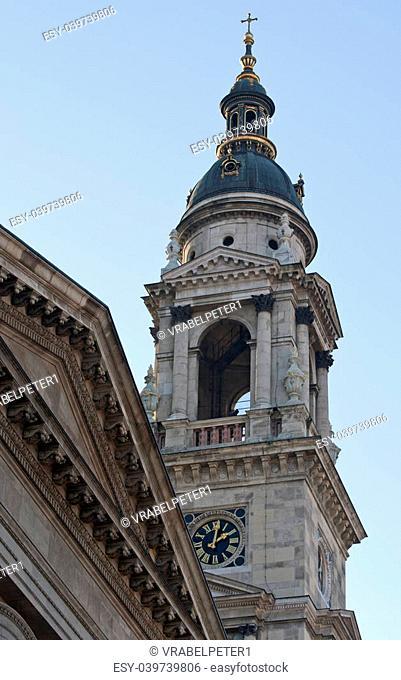 Saint Stephens Basilika (Szen Istvan Bazilika) in the city Budapest, Hungary
