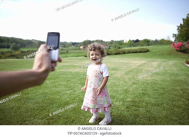 Taking picture with a mobile