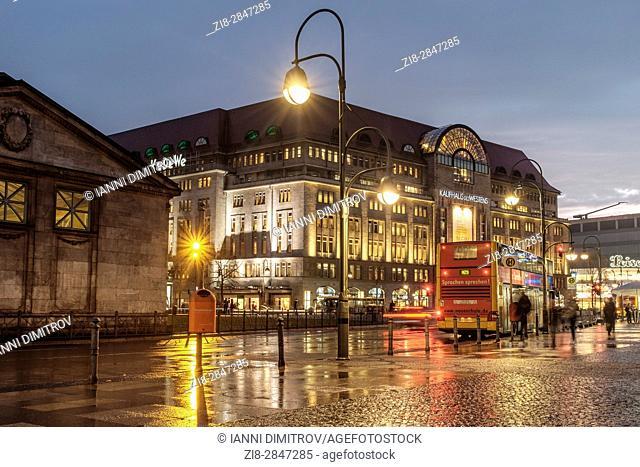 Germany,Berlin,Wittenbergplatz (Wittenberg Square), Tauentzienstrasse. Berlin's largest department store, KaDeWe on a rainy evening