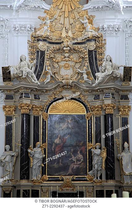 Germany, Bavaria, Würzburg, Dom, St Kilian Cathedral, interior, altar