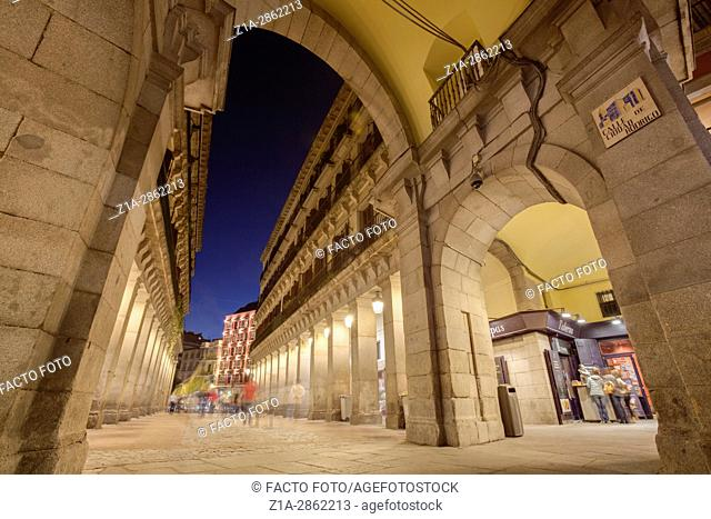 Ciudad Rodrigo street, one of the entrances to Plaza Mayor. Madrid, Spain