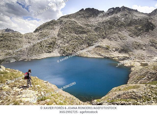 Ibon Azul Baxo, Baños de Panticosa, Pyrenees, Huesca, Spain