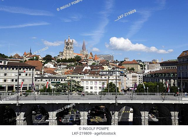 View over Grant Pont to Cathedrale Notre-Dame, Lausanne, Canton of Vaud, Switzerland