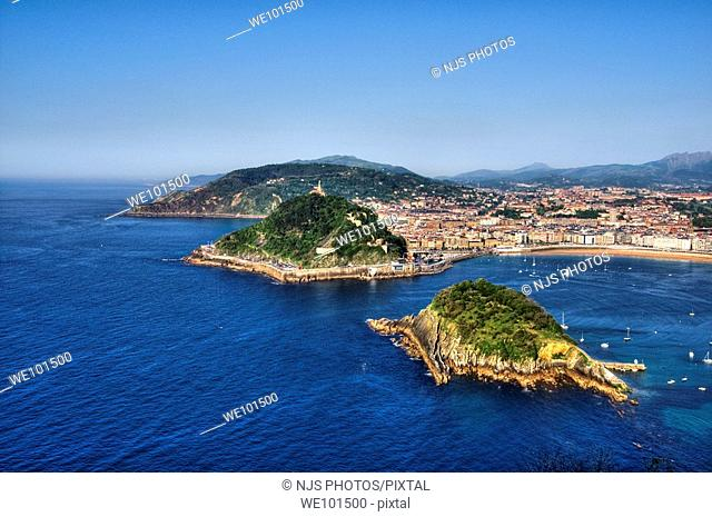View of Santa Clara Island, Urgull and Ulia mountains, from Igueldo Mountain, Donostia-San Sebastián, Guipuzcoa, Basque Country, Spain