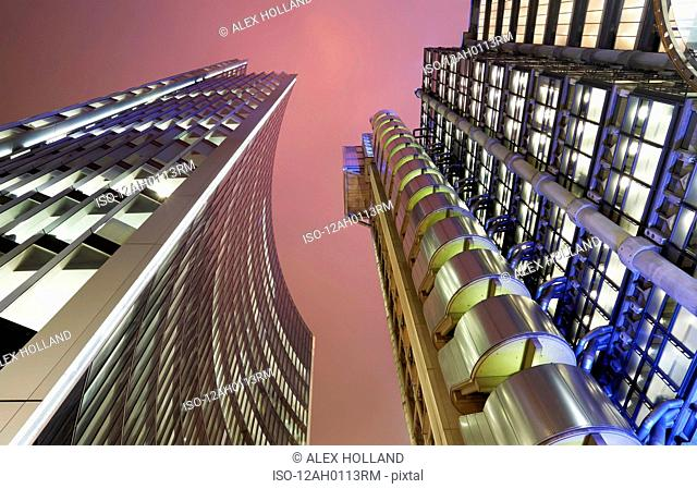 Lloyd's of London and Willis building