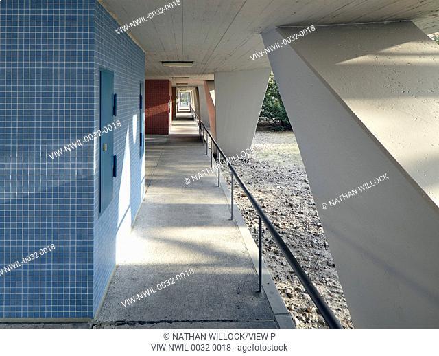 Schwedenhaus Berlin berlin germany hansaviertel interbau 1957 stairwell in apartment