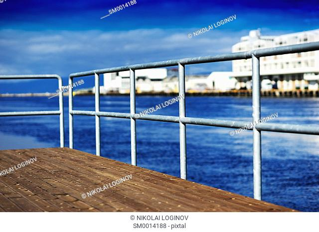 Quay border fence background hd
