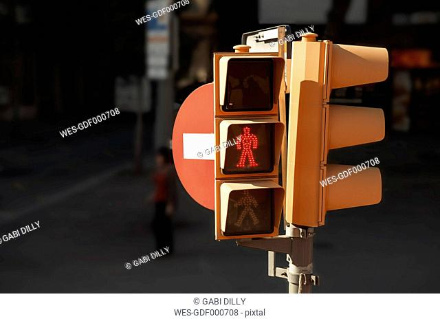 Spain, Barcelona, pedestrian light with wait signal