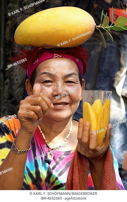 Mango Saleswoman at Chatuchak Market, Weekly Market, Bangkok, Thailand