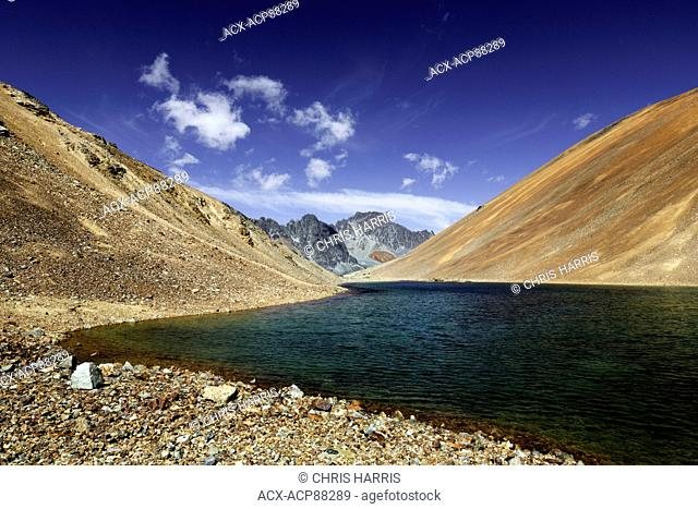 Canada, British Columbia, glacial alpine lake, Niut Range, Coast Mountains, Chilcotin