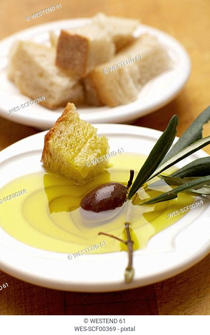 White bread with olive and olive oil