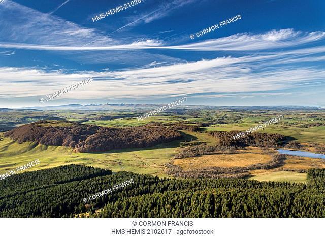 France, Puy de Dome, Compains,Parc Naturel Regional des Volcans d'Auvergne (Natural regional park of Volcans d'Auvergne), Cezallier, forest (aerial view)