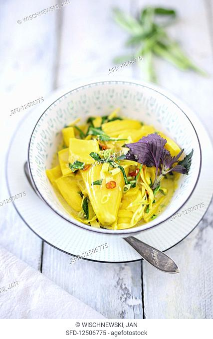 Curry with jack fruit, shiso and water spinach (Vietnam)