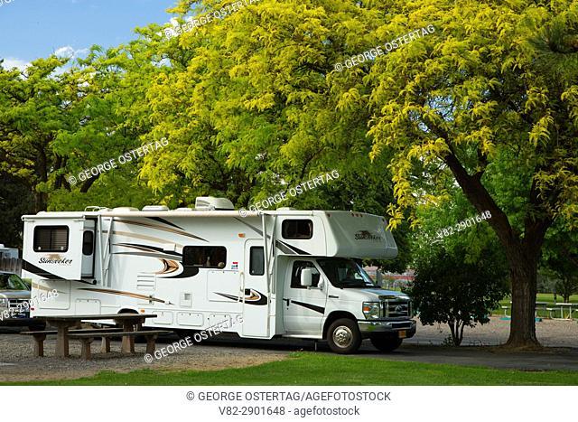 Motorhome, Boardman Marina Park, Boardman, Oregon