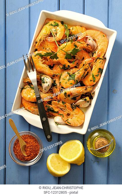 Prawns with garlic, lemon and olive oil