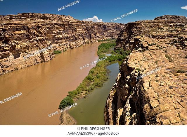 The Colorado River Flowing Through Glen Canyon National Recreational Area