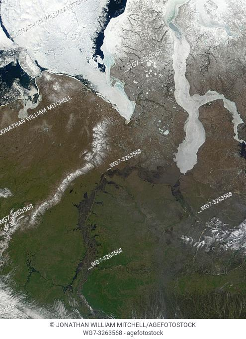 RUSSIA -- 07 Jun 2001 -- This true-color satellite image shows ice retreating from the mouth of the Ob River in northern Russia -- Picture by Lightroom Photos /...