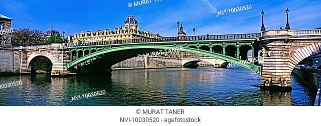 Pont Notre Dame Bridge, Paris, France