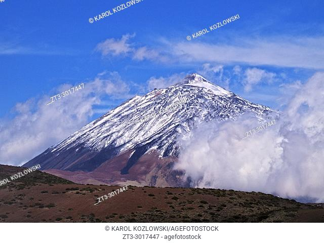 Teide Mountain covered with snow, Teide National Park, Tenerife Island, Canary Islands, Spain