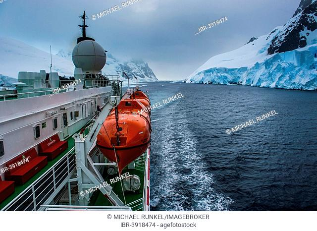Cruise ship shipping through the Lemaire Channel, Antarctica